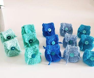 Backpacks Key-chains. Easy Crochet Pattern