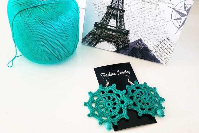 Sailor Wheel Earrings. Free Crochet Pattern & video tutorial